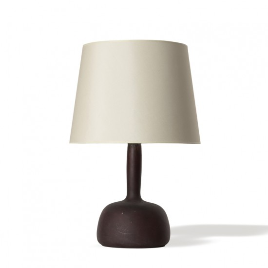 Bøgelund G table lamp organic shape aubergine brown