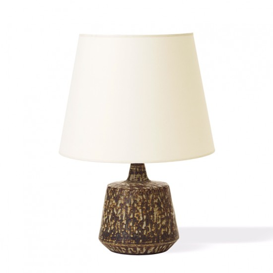 Nylund_pair_table_lamps_petite_tapered_sides_taupe_brown_harefur_1