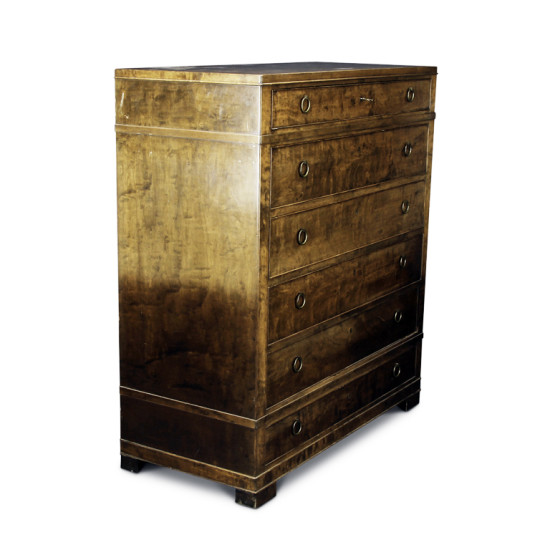Danish_master_cabinetmaker_chest_walnut_a